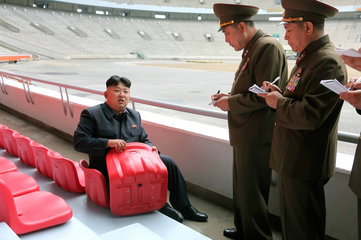 kim-jong-un-looking-things.jpg